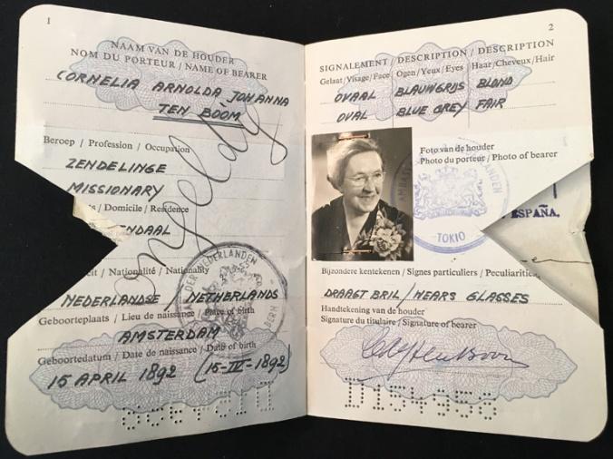 ctb passport 1952 cover image